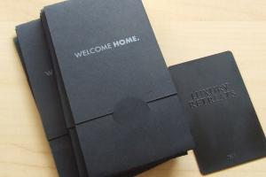 materiel promotionnel marketing cartes metal luxury retreats2
