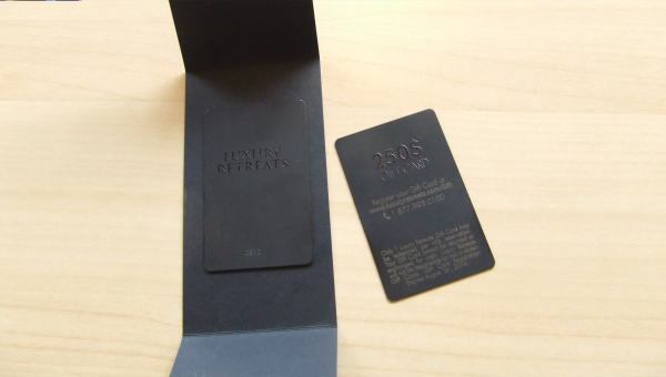 materiel promotionnel marketing cartes metal luxury retreats